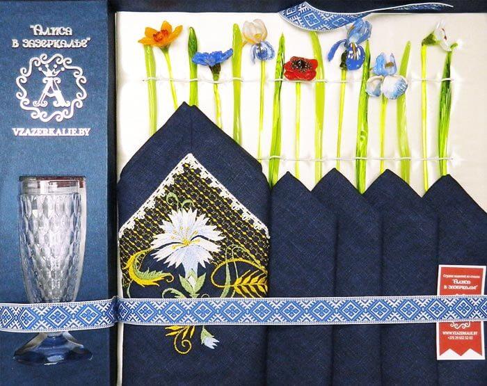 Белорусский сувенир цветы из стекла