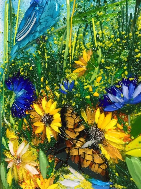 Картина из стекла «Синяя птица в цветах»
